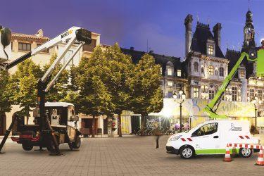 Véhicules France Elevateur et Movex face à face en ville